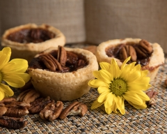 Food pecan tarts
